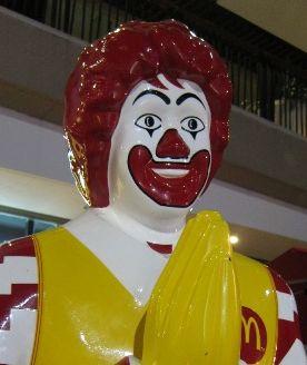 マクドナルドは今後どうなる?最近ドナルド【怖い】を見ない理由